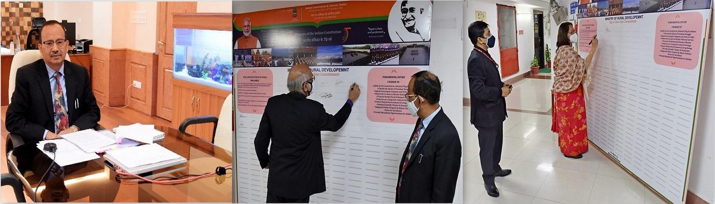 भारत सरकार के सभी अधिकारी व कर्मचारी गणों द्वारा संविधान की शपथ दोहराई गई