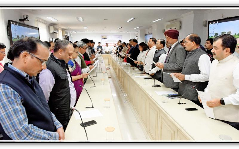 "Secretary, Rural Development, Shri Amarjeet Sinha along with other officials of the Ministry of Rural Development reading out the 'Preamble' to the Constitution on the occasion of ""Constitution Day"" on 26th November, 2019."