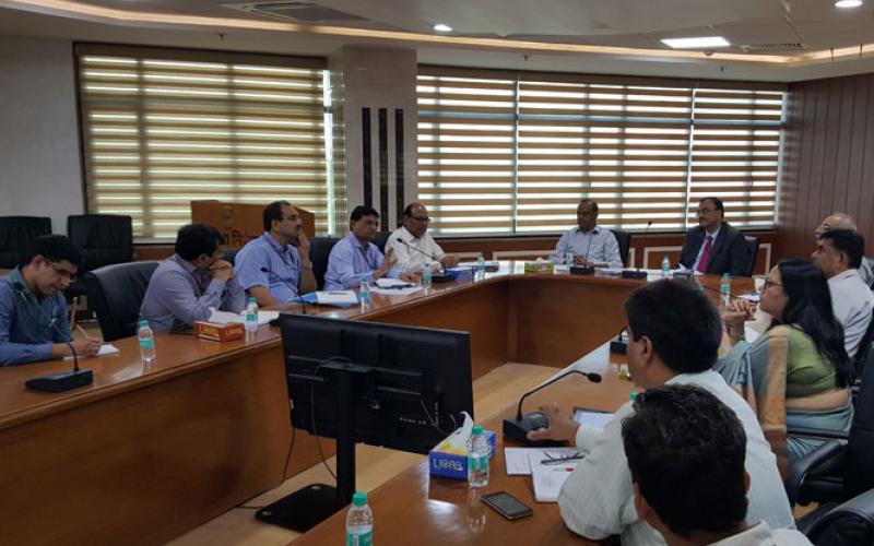 सचिव,आरडी और टीम - सीजीए और टीम के साथ ग्रामीण विकास मंत्रालय की योजनाओं में पी एफ एम एस के उपयोग पर चर्चा करने के लिए