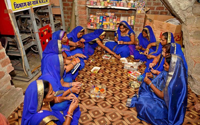 NRLM -2019-20(Dona Pattal,Bangle&pencil coating ,Vill-Jamgod, Block.- Devas,Distt.-Devas ,Madhya Pradesh